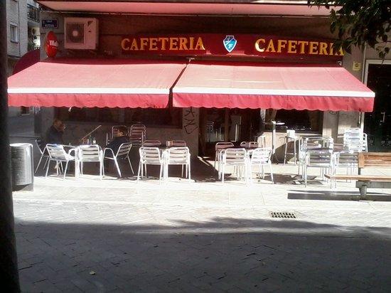 Cafeteria J.F.: panoramica