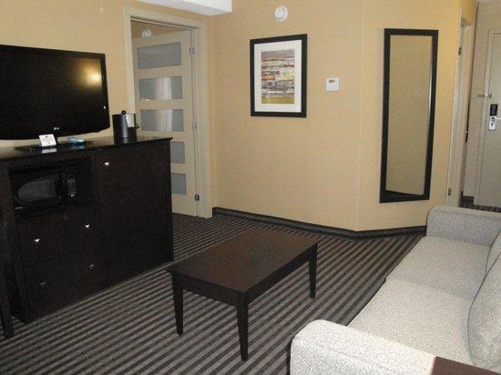 Best Western Plus Toronto North York Hotel & Suites : Salon