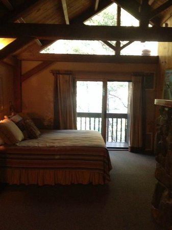 Orchard Canyon on Oak Creek : cabin interior