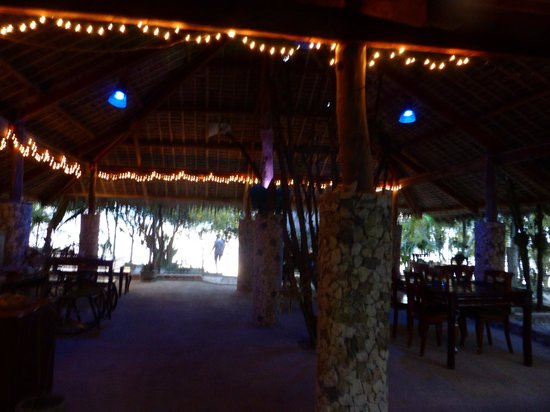 The Blue Orchid Resort: dining