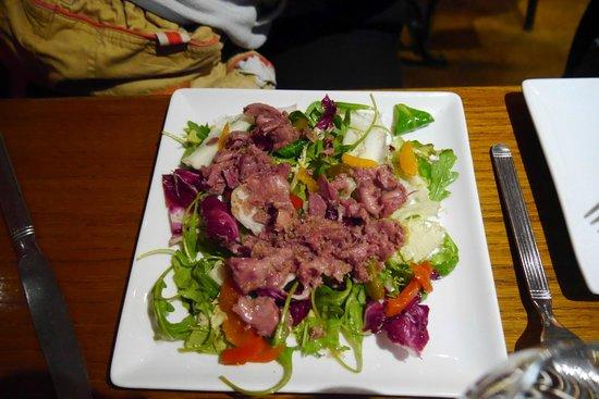 Les Bugnes: Entrée salade au gésiers