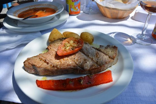 Bar Caloura: Bife de Atum