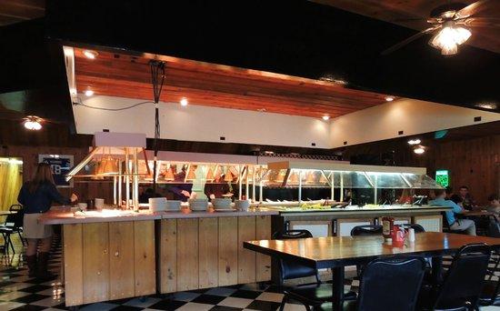 New Johnsonville, TN: Hot & cold bar