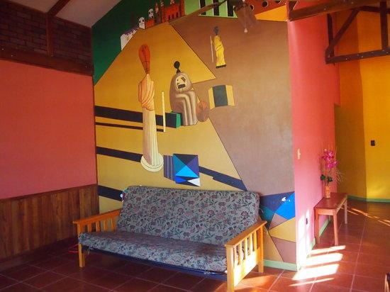 Hostel Beach House: sala tv