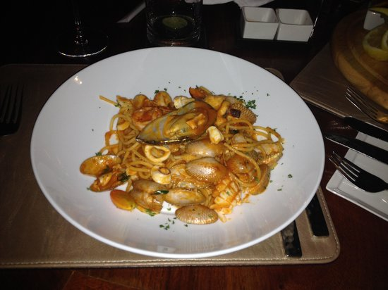Plum Prime Steakhouse: seafood pasta
