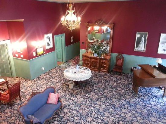 The Weinhard Hotel : Lobby of the historic Weinhard Hotel