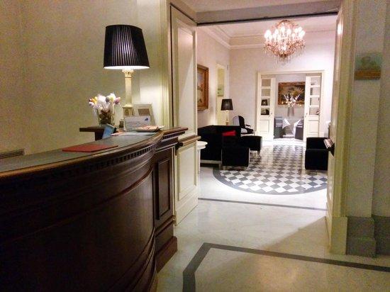 Hotel Alpi : Reception