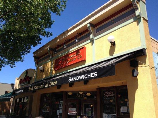 San Francisco Creamery Co. : Outside