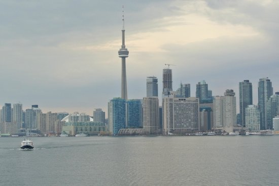 Toronto Bicycle Tours : View of Downtown Toronto from the ferry