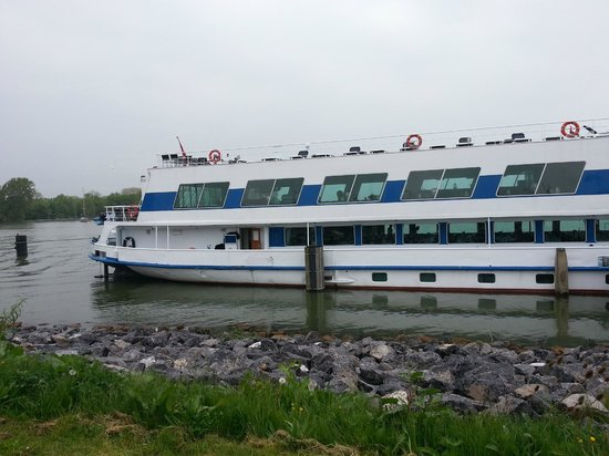 MS Rhein Princess Ship: view of outside of ship