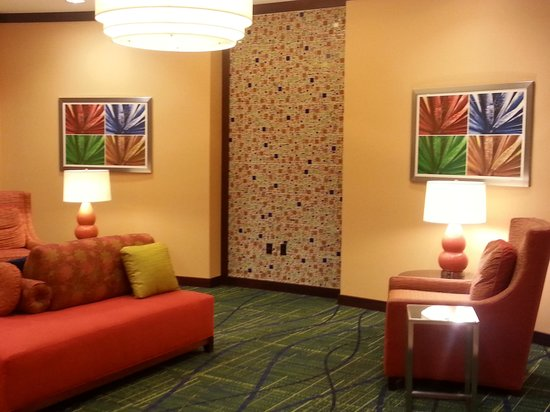 Fairfield Inn & Suites Lewisburg: Lobby 1