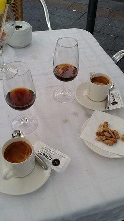 Taberna Luque: cortados and Pedro Ximenez sweet wine
