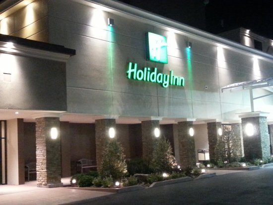 Holiday Inn Executive Center - Columbia : by night