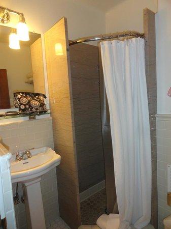 Hotel 340: Bathroom #2