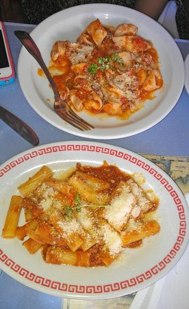 Ristorante Franchino: Calamari pasta and a side