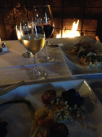 The White Horse Tavern: Ask to be seated by the fire on a cold evening