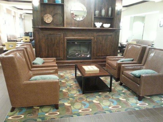 Hampton Inn Laramie: Lobby