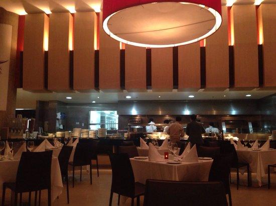 Radisson AR Hotel Bogota Airport: Restaurante Ka