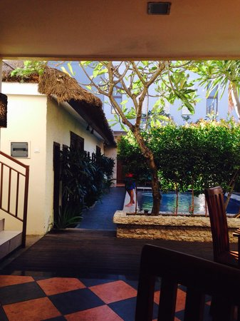 Coco de Heaven: Pool view