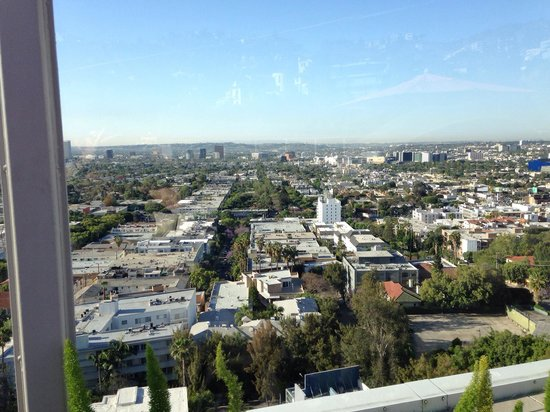Andaz West Hollywood: Rooftop pool view