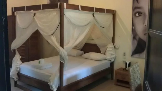 TigaLima Homestay: Room deluxe Bali