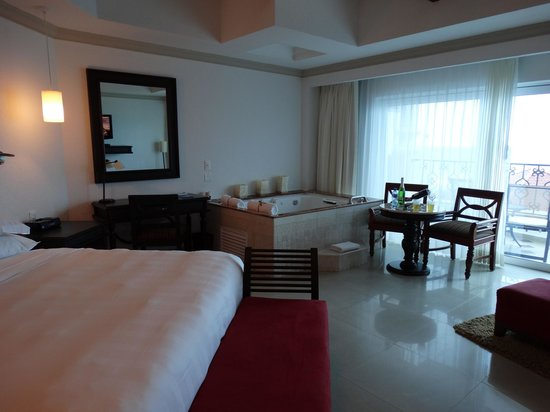 Hyatt Zilara Cancun: Room