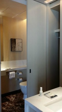 Grand Hyatt Guangzhou: Bathroom