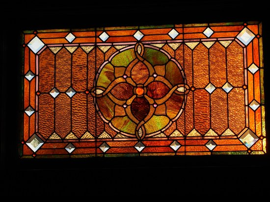 Waller House Inn: Beautiful window at sunset