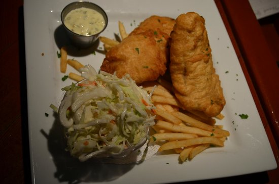 Mia's Cafe: fish and chips