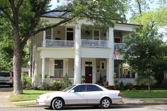 O'Casey's Bed and Breakfast : The building