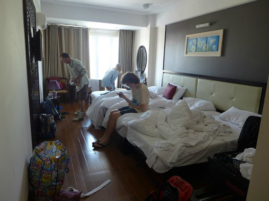 Hue Serene Palace Hotel: Family room before housekeeping arrived to save the day