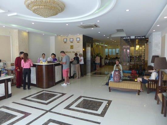 Hue Serene Palace Hotel: The lobby