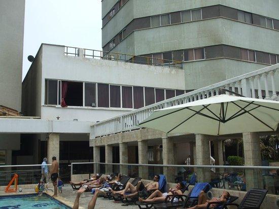 Hotel Dorado Plaza: Vista desde la alberca