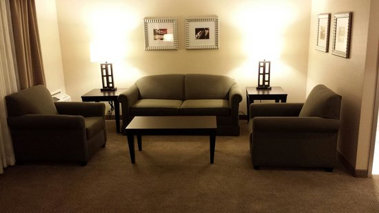The Garland: lounge area