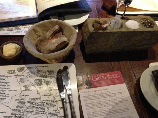 Blackfriars Restaurant : Medieval table decoration