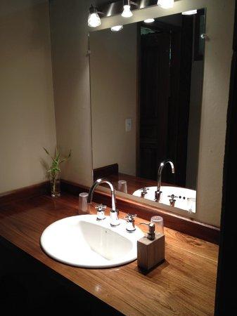Yachana Lodge: Bathroom