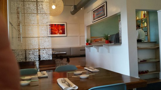 Cerulean: Dining room.