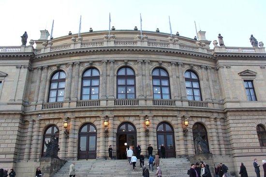 entrada do Rudolfinum