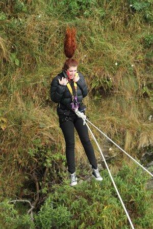 AJ Hackett Bungy New Zealand: The Ledge Swing