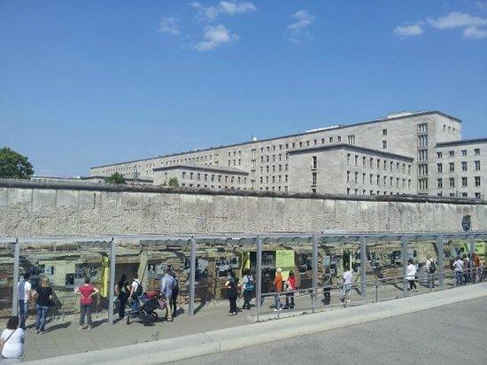 Maritim proArte Hotel Berlin: Berlin Wall