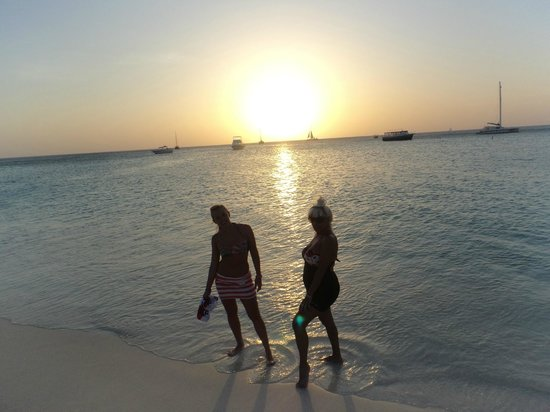 Hotel Riu Palace Aruba: ATARDECER