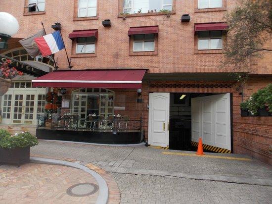 Sofitel Bogota Victoria Regia: Entrada