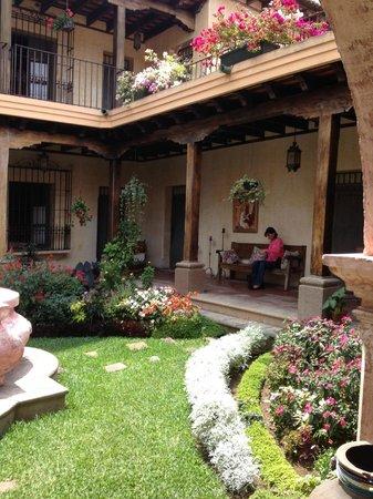 La Casona de Antigua: PATIO