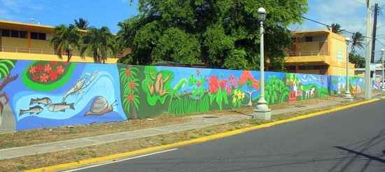 Suenos del Mar: Stop in Luquillo and see the murals