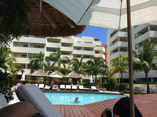 Privilege Aluxes : View from pool area