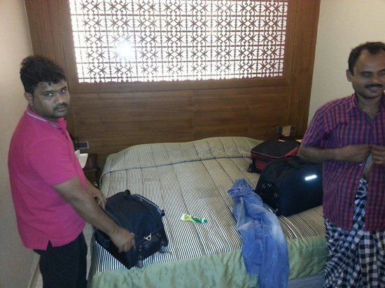 Hotel Ajanta : 2nd half of the family room