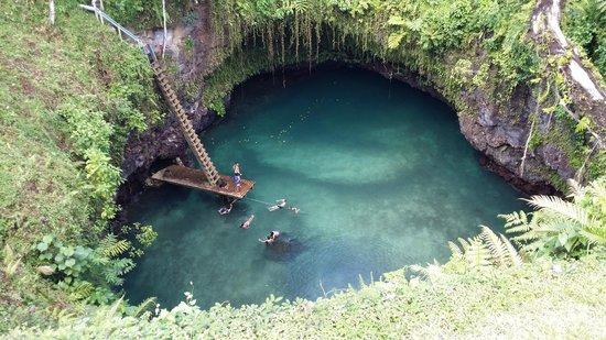 Lalomanu, ซามัว: To Sua Trench Samoa on a beautiful day!