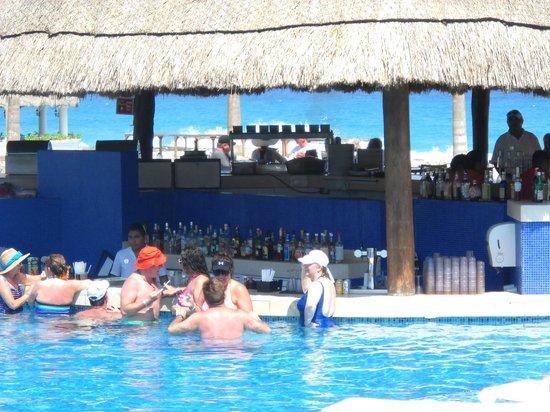 Xpu-ha Beach: aqui en la barra de la alverca