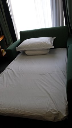 Holiday Inn Express Hong Kong Causeway Bay: Sofa Bed