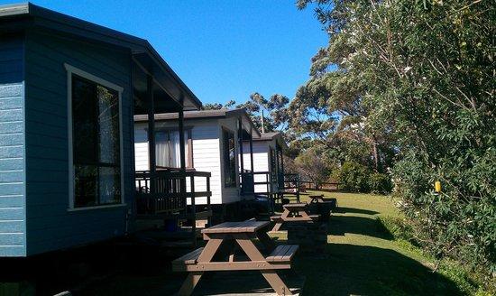 Joalah Holiday Park: The waterfront cabins